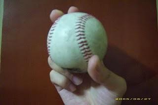 台灣棒球維基館中民眾自己拍攝介紹球種